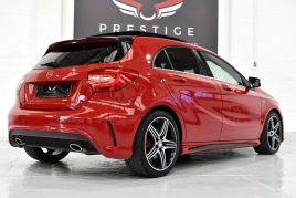 MERCEDES A-CLASS A250 4MATIC ENGINEERED BY AMG - 510 - 33