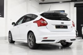 FORD FOCUS ST-2 - 372 - 15