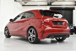MERCEDES A-CLASS A250 4MATIC ENGINEERED BY AMG - 510 - 31