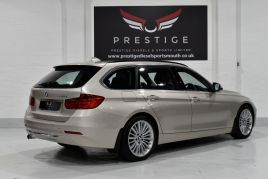 BMW 3 SERIES 320D LUXURY TOURING - 599 - 37