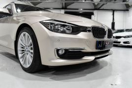 BMW 3 SERIES 320D LUXURY TOURING - 599 - 28