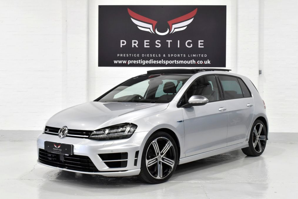 Used VOLKSWAGEN GOLF in Portsmouth, Hampshire for sale