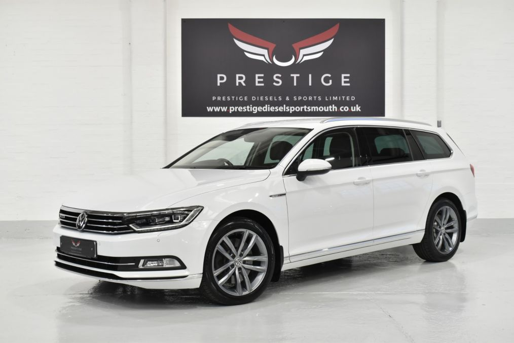 Used VOLKSWAGEN PASSAT in Portsmouth, Hampshire for sale