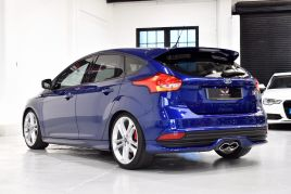 FORD FOCUS ST-3 - 334 - 10