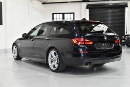 BMW 5 SERIES 530D M SPORT TOURING - 517 - 10