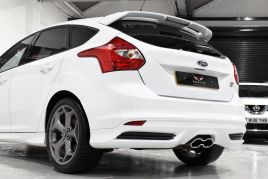 FORD FOCUS ST-2 - 372 - 18
