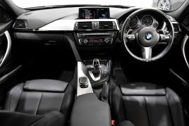 BMW 3 SERIES 330D XDRIVE M SPORT - 413 - 30