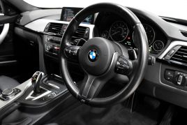 BMW 3 SERIES 330D XDRIVE M SPORT - 413 - 32
