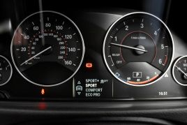 BMW 3 SERIES 330D XDRIVE M SPORT - 413 - 47