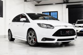 FORD FOCUS ST-2 - 372 - 5