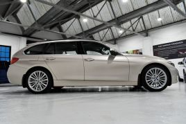BMW 3 SERIES 320D LUXURY TOURING - 599 - 29